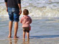 Een kind met gescheiden ouders