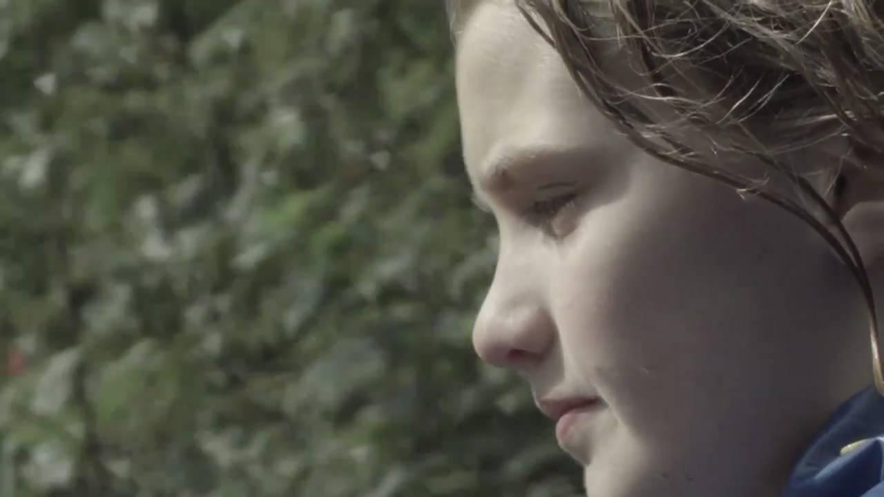 Documentaire: Anne vliegt (tics)