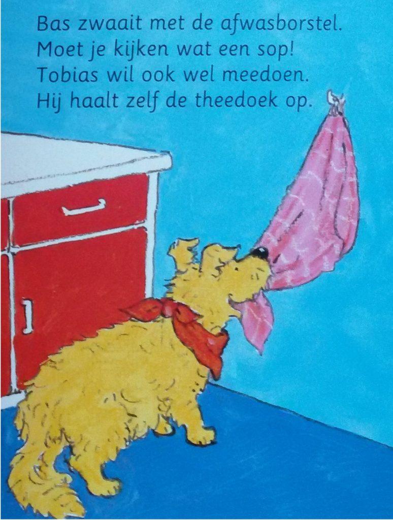 Bas helpt mama - Tobias helpt ook