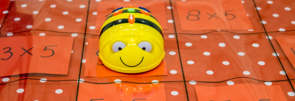 Bee-Bot lessuggesties bij de transparante mat