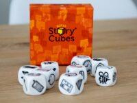 Een verhaal improviseren met Story Cubes